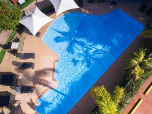 irregular-shaped-pool-for-resurfacing-perth
