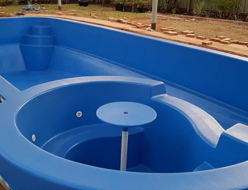 Large fibreglass pool renovation in South Hedland (after) – September 2018.