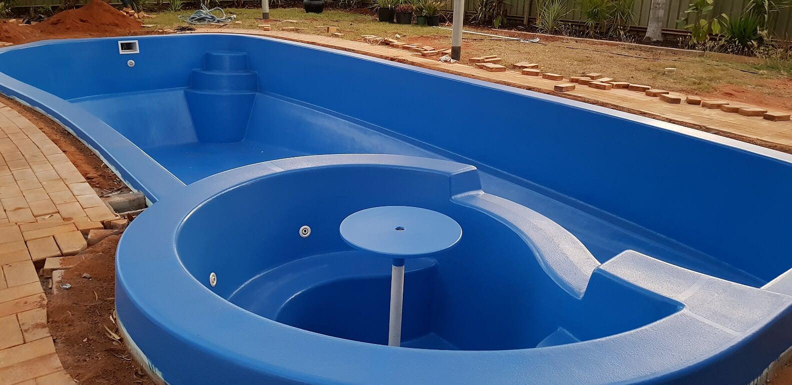 Large fibreglass pool renovation in South Hedland (after) – September 2018.